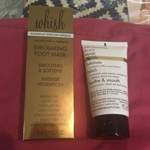 Whish exfoliating foot mask brand new in box